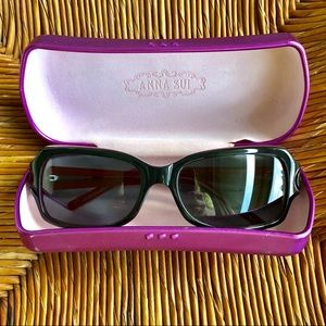 Anna Sui Sunnies black frame with muted red inside
